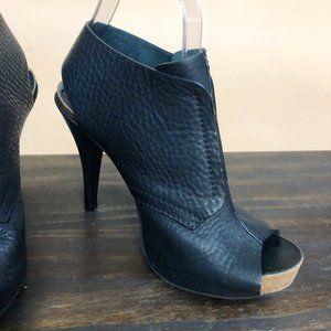 Pedro Garcia Chenoa Peep Toe Leather Booties 38.5